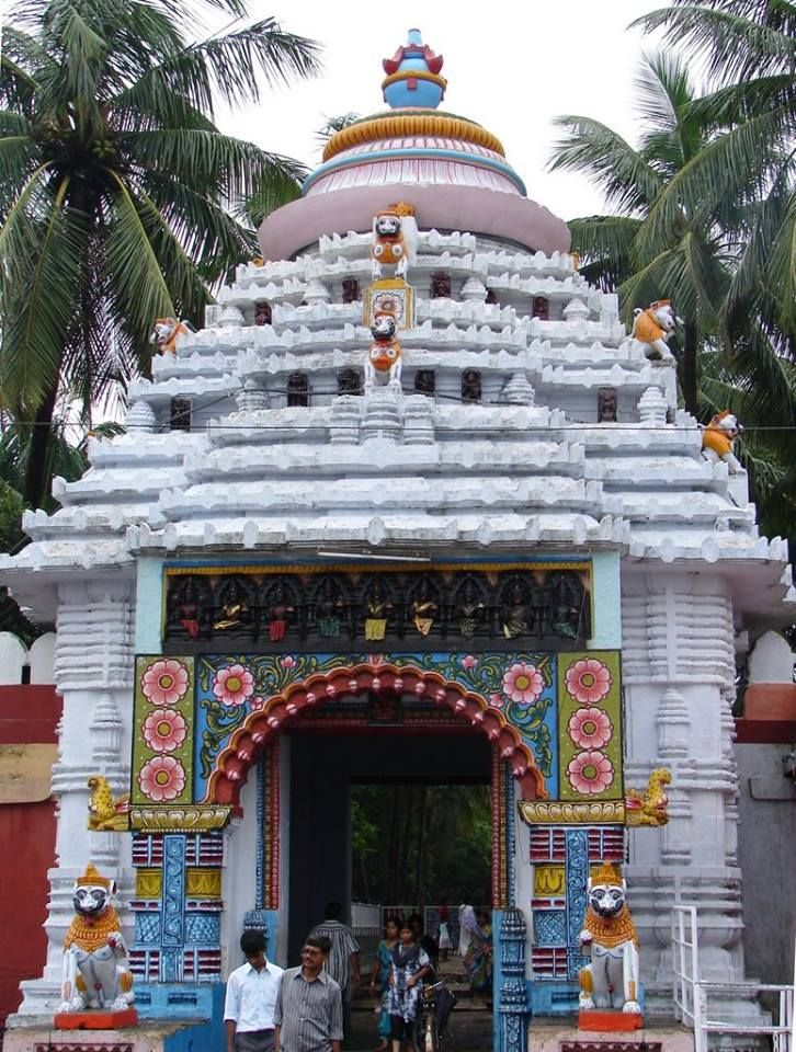GundichaGharTemple, Puri is one of the most important tourist attractions that are located in the town of Puri. There are a couple of temples in the town and this temple is one of the most well known temples of the place..