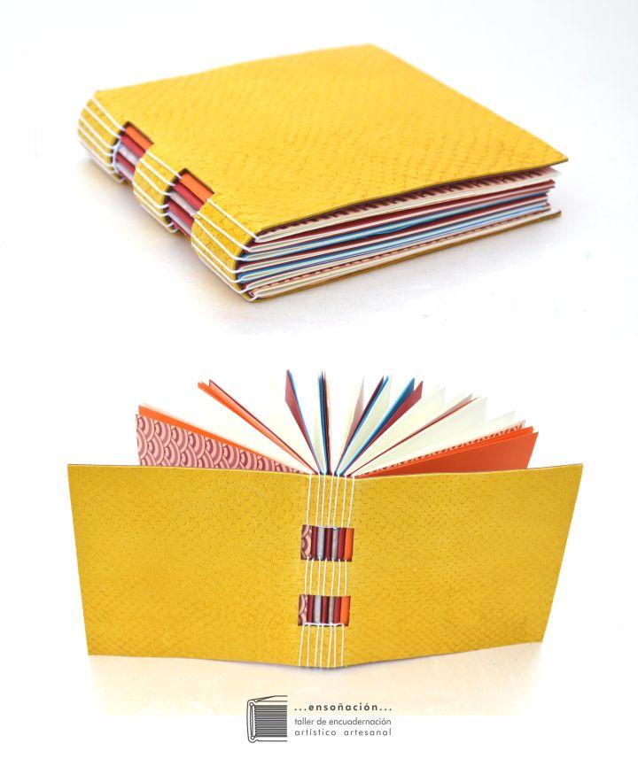 • libretas multicolores reutilizando materia • Libretas de diferentes tamaños – tapas semirigidascon mosaicos en cueroreutilizando recortes de diferente tipo, color y textura– Interi…