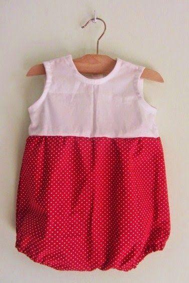 Baby rompers pattern e tutorial: http://www.creativitaorganizzata.it/2015/04/15/pagliaccetto-per-bambini-tutorial-e-cartamodello/