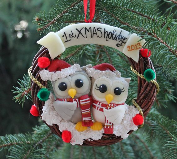Christmas owl family tree ornament, customizable with familys name, hand made by me from clay, a keepsake so cute and detailed, a true artwork! It