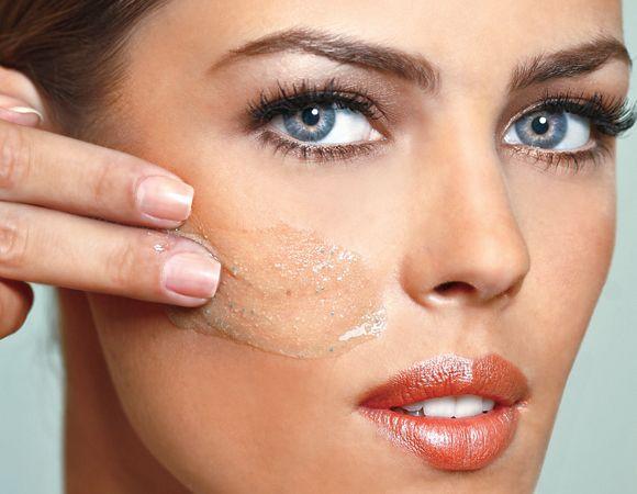 Como esfoliar o rosto da maneira correta Cuidados com o rosto