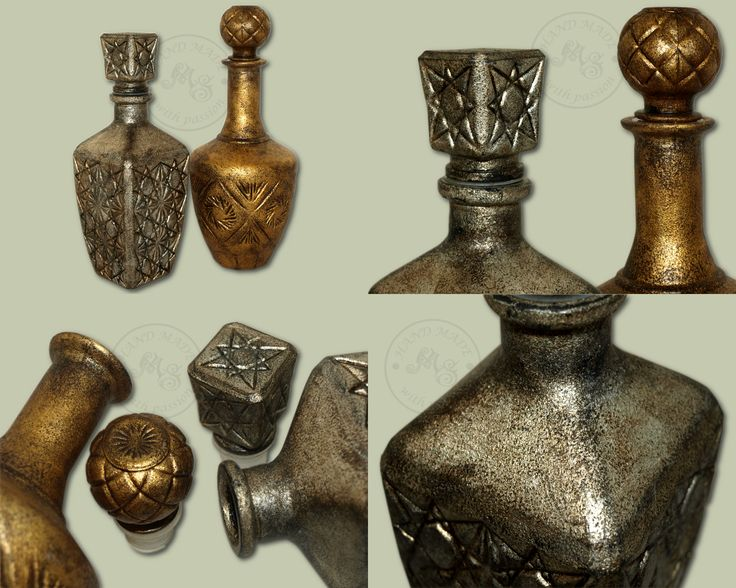 The antique style decanters decorated with the silver and golden flakes.