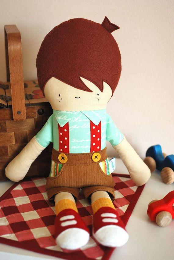 9 euros >> Fabric Doll Pattern Boy Doll Sewing Pattern Hans por retromama