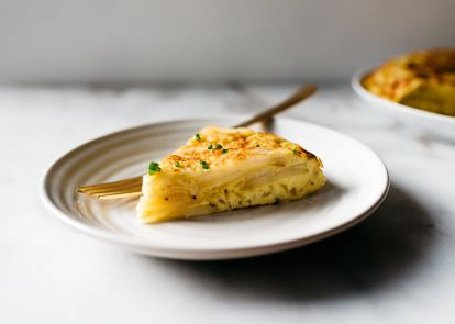 Make and share this Spanish Potato Omelet (Tortilla a la Espanola) recipe from Genius Kitchen.