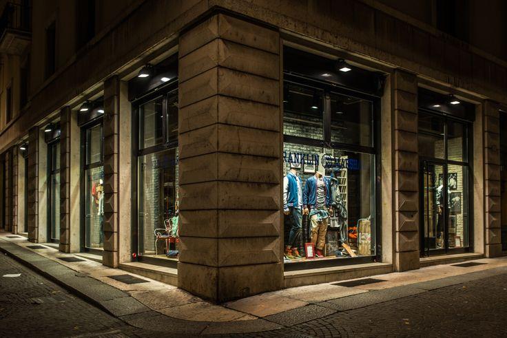 Franklin & Marshall Store - Verona, Italy #franklinandmarshallofficial #franklinandmarshall #negozioverona #veronastore #verona #shoppingtime