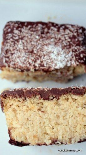 saftiger Bounty-Kuchen  Zutaten      Schokoboden: 1 leicht gehäufter EL Mehl     ½ EL Back-Kakao     1 EL Zucker     25 g Butter     Kokosfüllung: 210 ml ungesüßte Kokosmilch     50 ml Milch     35 g Hartweizengrieß     100 g Kokosraspel     60 g Zucker     75 g Butter     1 Eiweiß     Hülle: 125 g Vollmilch- oder Zartbitterkuvertüre     1 TL Kakaobutter (oder Kokosfett, Butter...)
