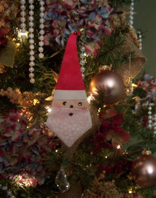Zoey Quilts: Cute Paper-Pieced Santa Decoration | Fabric ...