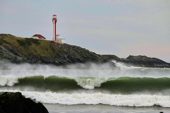 Waves at Cape Forchu