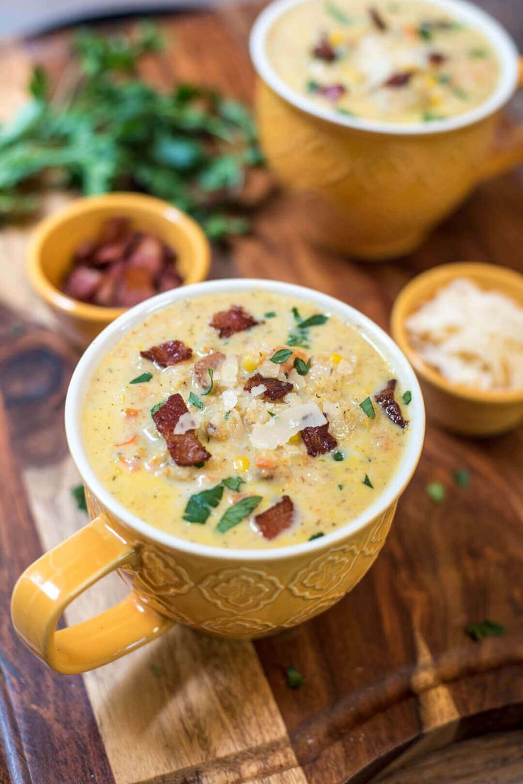 Roasted Cauliflower Corn Chowder is an easy and deliciously creamy soup that your family will really love for dinner on a cool, crisp fall day! via @bestblogrecipes