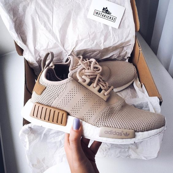 著名运动品牌 Adidas官方清货折扣高达50%!最低只需RM75就可入手!