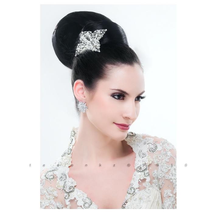 Hair do for: indonesian wedding magz