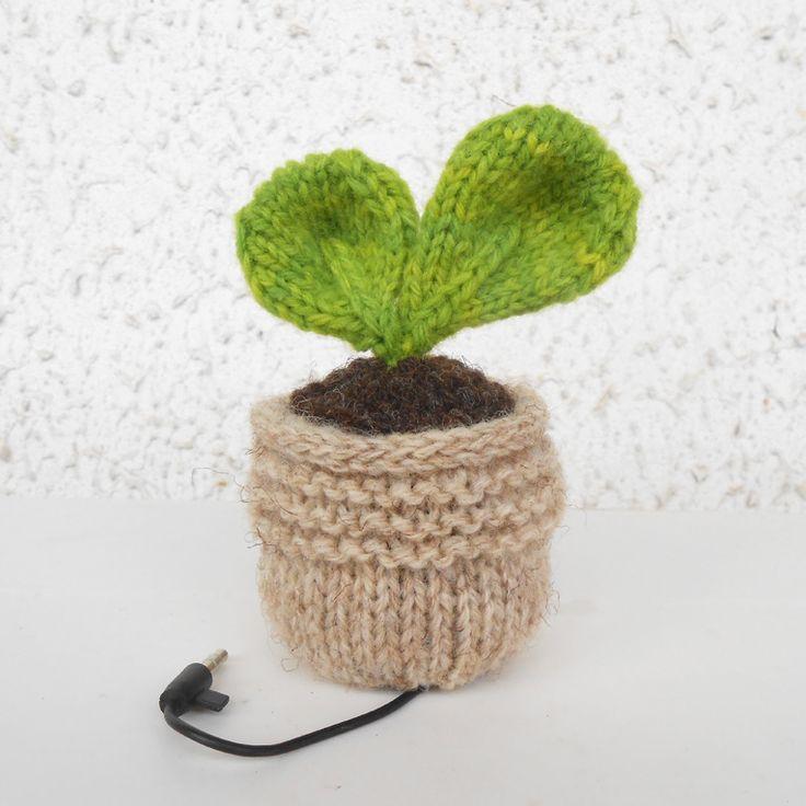 Mini-Pousse, enceinte Mp3 tricotée - Plante Vert Laitue : Accessoires de maison par still-vauriens