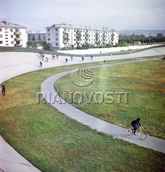 Вид на один из районов города Фрунзе