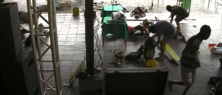 InfoNavWeb                       Informação, Notícias,Videos, Diversão, Games e Tecnologia.  : Grupo de pagode é assaltado antes de show no Rio