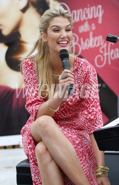 Delta Goodrem in the Pink Lizard print dress - they are selling quick....  http://www.lisaho.com/shop/new-in/C55/p22872/colour/PINK%20PRINT