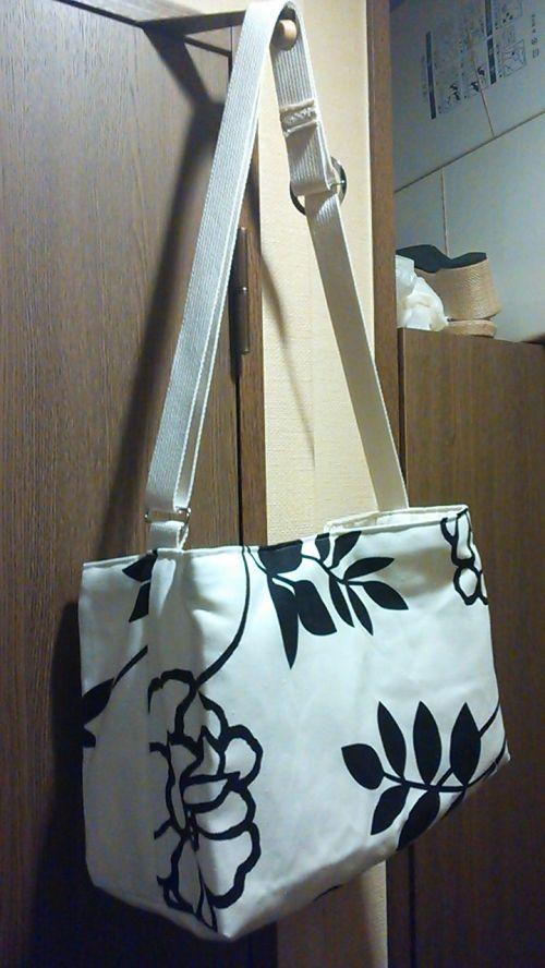 超簡単!ちょっと大きめお洒落なショルダーバッグの作り方 バッグ ファッション小物