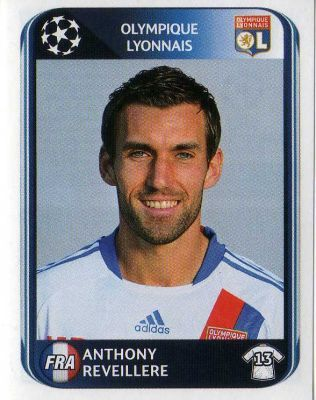 LYON - Anthony Reveillere 77 PANINI UEFA Champions League 2010-2011 Football Sticker