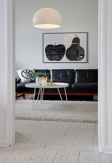 Love the silhouette of the apple and the pear :D | Living Rooms by Alvhem Mäkleri