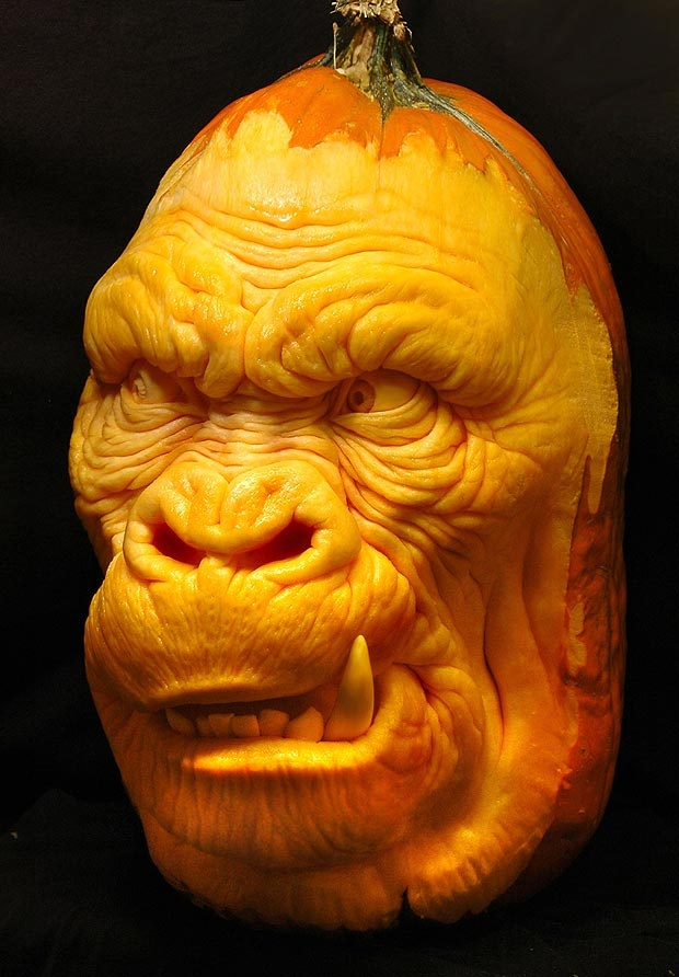 Does this pumpkin look like King Kong? old hallows is coming!