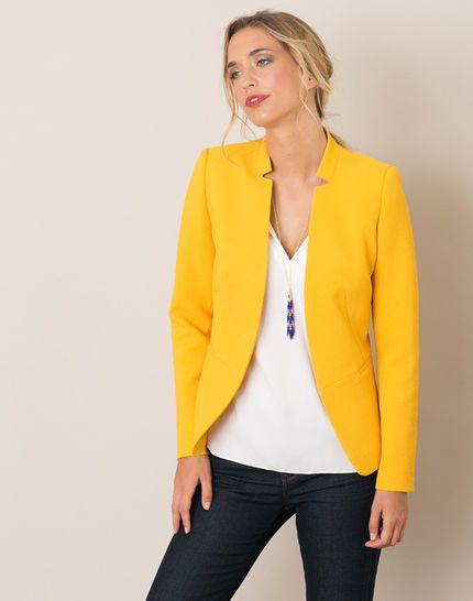 Les 25 meilleures id es de la cat gorie jaune veste tenues sur pinterest d couvrez les - Blazer jaune moutarde ...