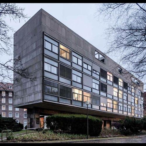 2418 best images about le corbusier on pinterest for Architecture suisse