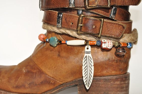 Hey, I found this really awesome Etsy listing at https://www.etsy.com/listing/218495452/carved-bone-feather-boot-bracelet-with