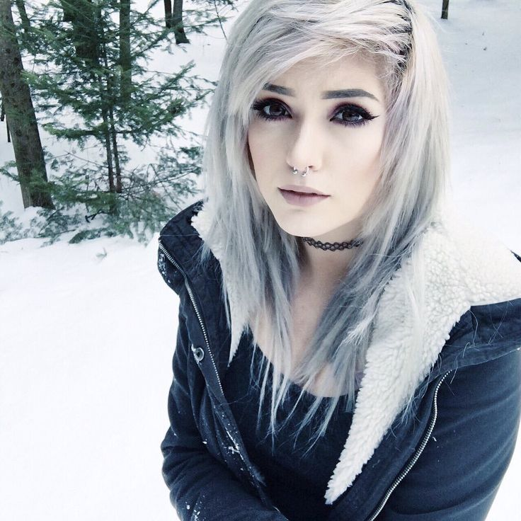 25 Best Ideas About Leda Muir On Pinterest Pastel Goth Hair Scene And Scene Girl Makeup