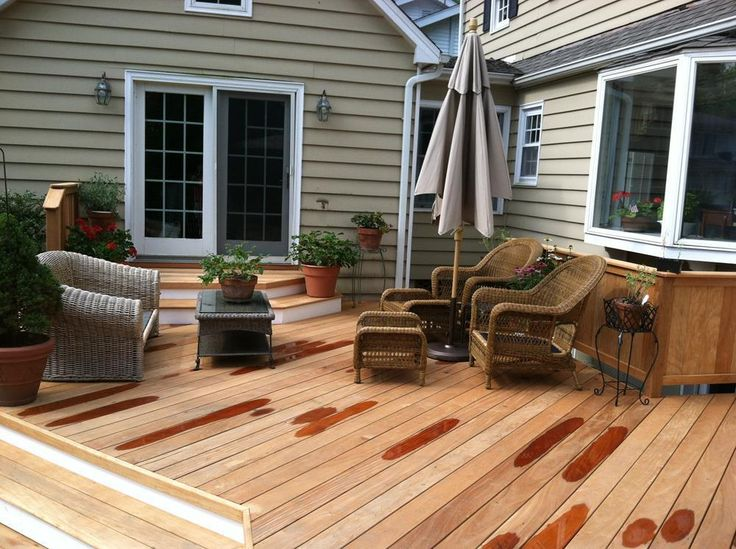 Create Small Outdoor Living Space with This Tips - http://www.decorwrite.com/small-outdoor-living-space.html