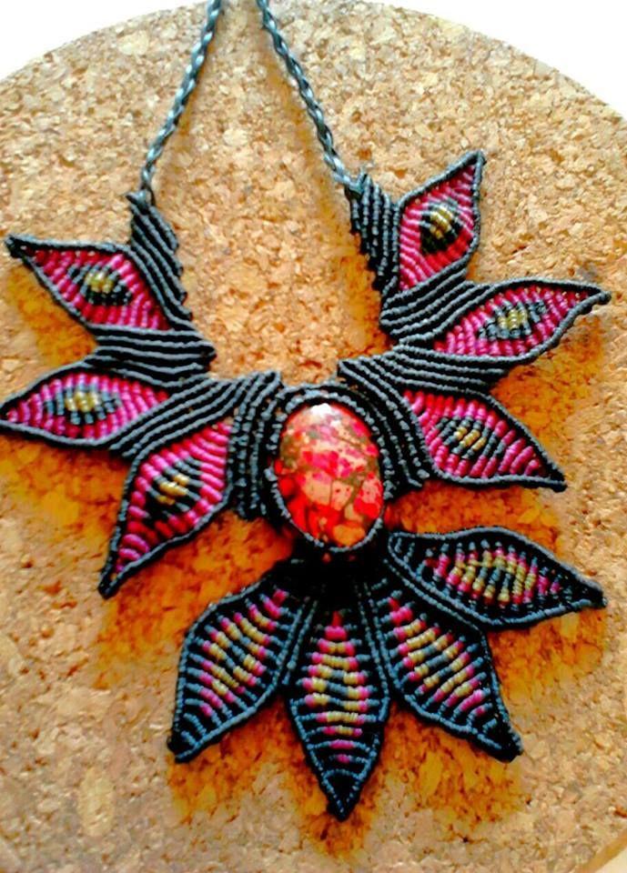 macrame,handmade necklace,handmade jewelry,handmade creation,boho,bohemian jewelry,healing stone,hippie fashion,hippie jewelry