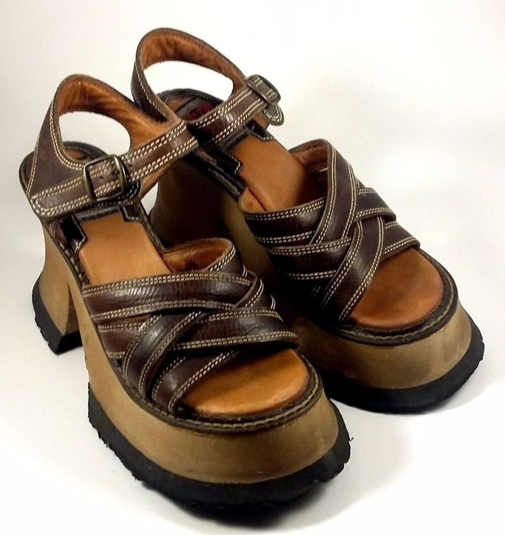 Vintage 1990s London Underground Shoes ~ Brown Wooden Platform Sandals Sz 7 M #LondonUnderground #SandalsFlipFlops