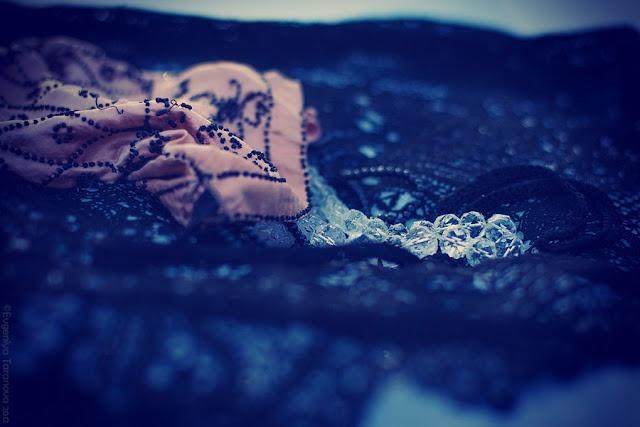 """Украшаем все вокруг! - Фотоэксперимент """"Когда уходит любовь.."""" #jewelry, #blue, #winter"""