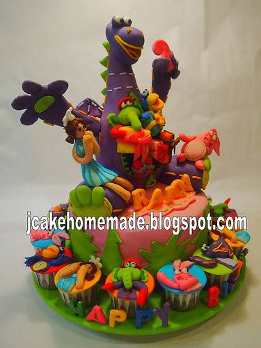 Dibo The Gift Dragon birthday cake