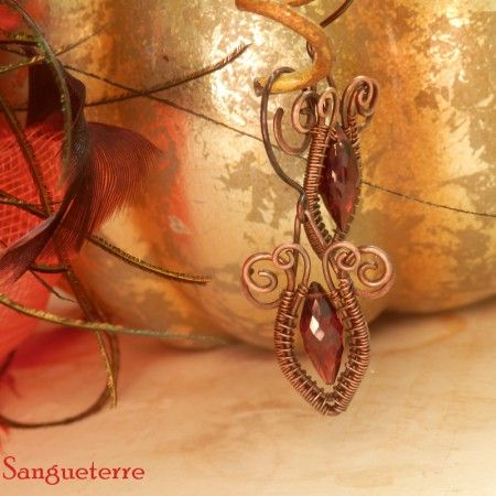 Passioa * crimson earrings  * garnet, copper  * wire wrap * wirewrapping * wire artisan * handmade * wire * work * wirewrapped * wired