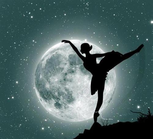 Moonlighting ballet