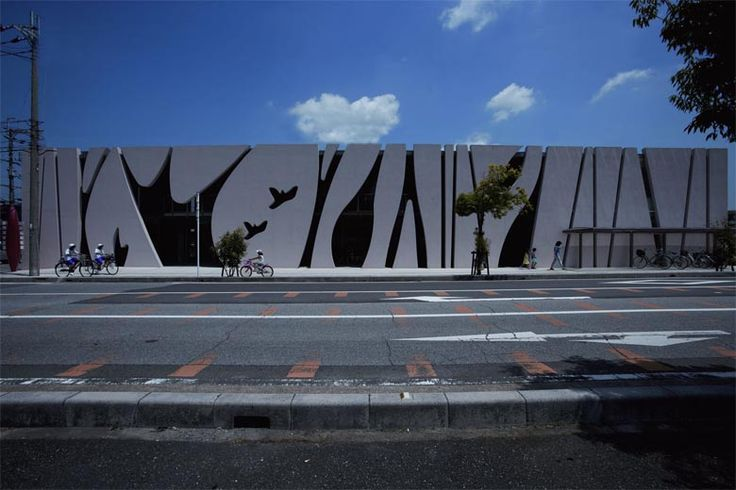 Strips, Dancing Light & Shadows Hospital in Shiga, Japan by EASTERN design office