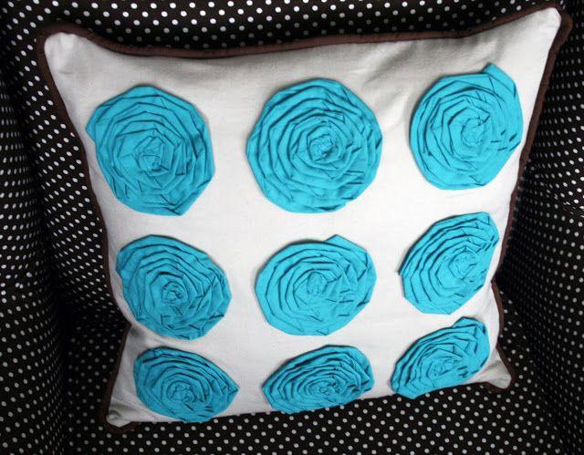 flower pillow DIY