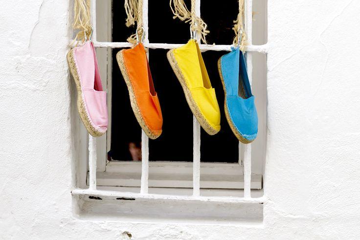 #unascarpaalgiorno La community di ShoeAdvisor Italia inizia a sentirsi vacanziera e ci presenta un must dell'estate: le espadrillas! http://www.stilefemminile.it/tutti-al-mare-con-le-espadrillas-e-con-stile/