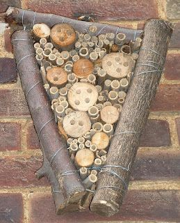 This ladybird house will be used by ladybirds and other insects in winter.  This post includes a full DIY.