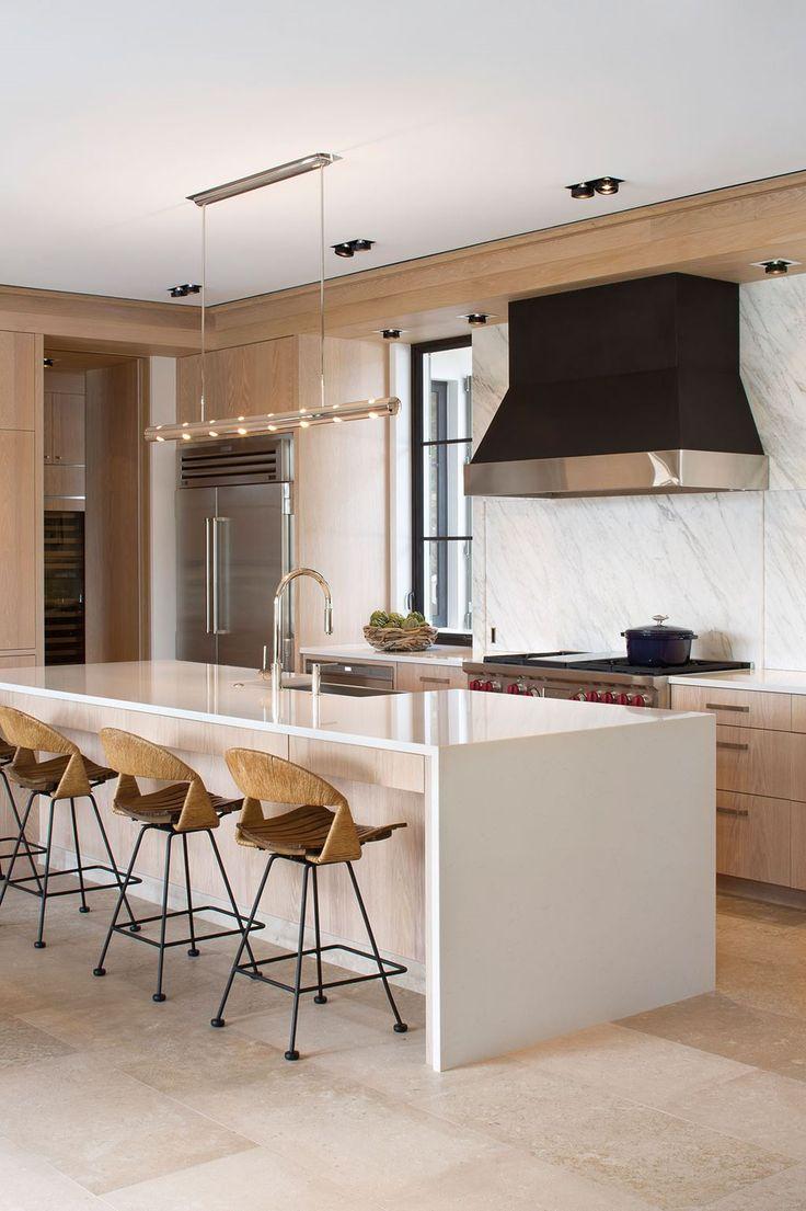 Tropical Contemporary Family Kitchen   Kitchen Gallery   Sub-Zero & Wolf Appliances
