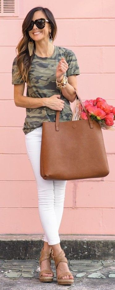#spring #summer #fashionistas #outfitideas | Camo Tee + White Denim + Pink Peonies | Sequins & Things