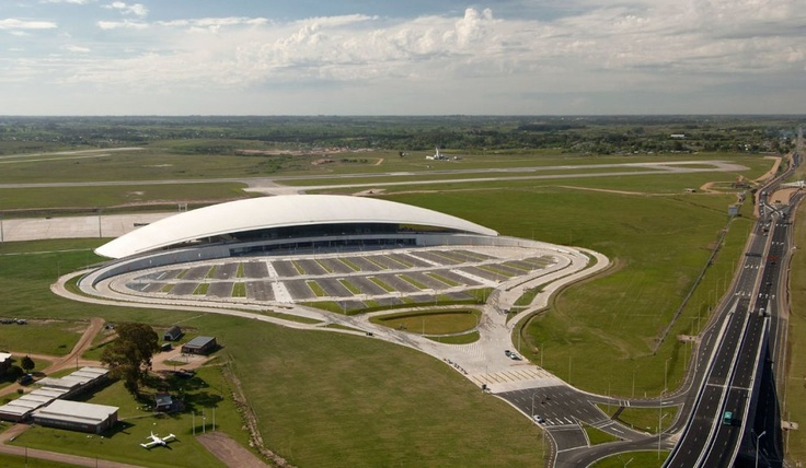 For Uruguay's Monumental Airport, Viñoly Looked To The Beach