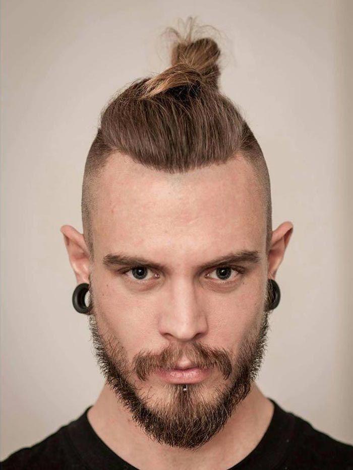 coupe cheveux homme long dessus court coté man bun undercut