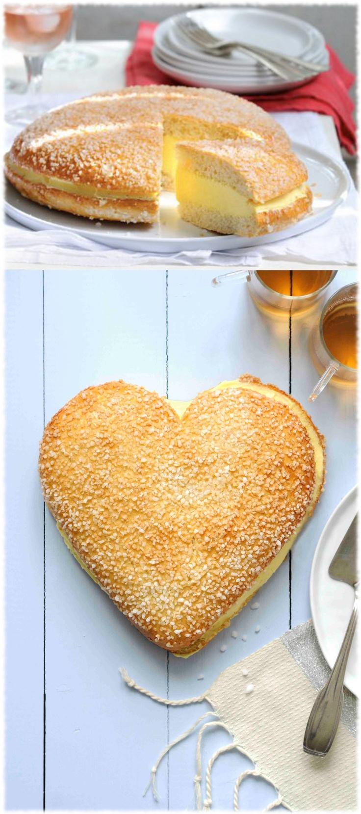 La tarte Tropézienne spécialité de la patisserie Française. Vous pourrez en déguster dans les environs de Saint Tropez et dans d'autres villes proposant ce délice. #Tropézienne #France