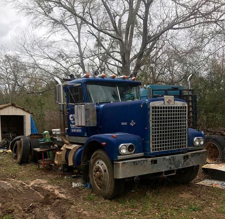 Peterbilt Big Truck Salvage | Autos Post