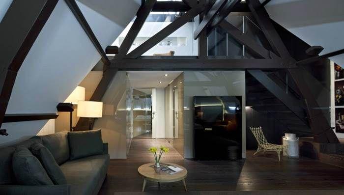 Hier vind je onze tips met de meest unieke, romantische en decadente hotelkamers- en suites in Amsterdam, leuk voor het vieren van een speciale gelegenheid, een weekendje weg of natuurlijk een bijzonder tripje voor Valentijnsdag!