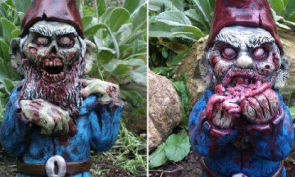 Odzvonilo všem roztomilým trpaslíkům s lopatkami a lucerničkami v ruce, které jenom hyzdili vaše zahrady. Tito zombie trpajzlíci ukážou všem okolo jdoucím pocestným, že u vás není radno zastavovat.