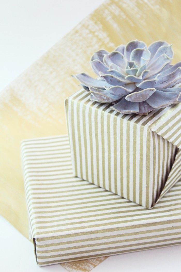 DIY HOLIDAY GIFT WRAPPING WITH SUCCULENTS 112