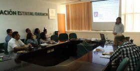 Reciben trabajadores del IMSS platica de sensibilización de espacios libres de humo