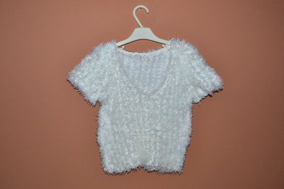 White short-sleeve fluffy crop top from the 90s.