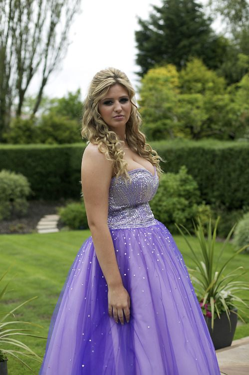 Prom girls galleries of canada